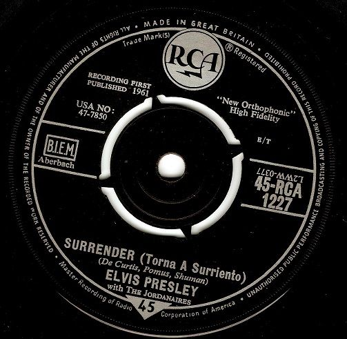 ELVIS PRESLEY Surrender (Torna a Surriento) Vinyl Record 7 Inch RCA 1961
