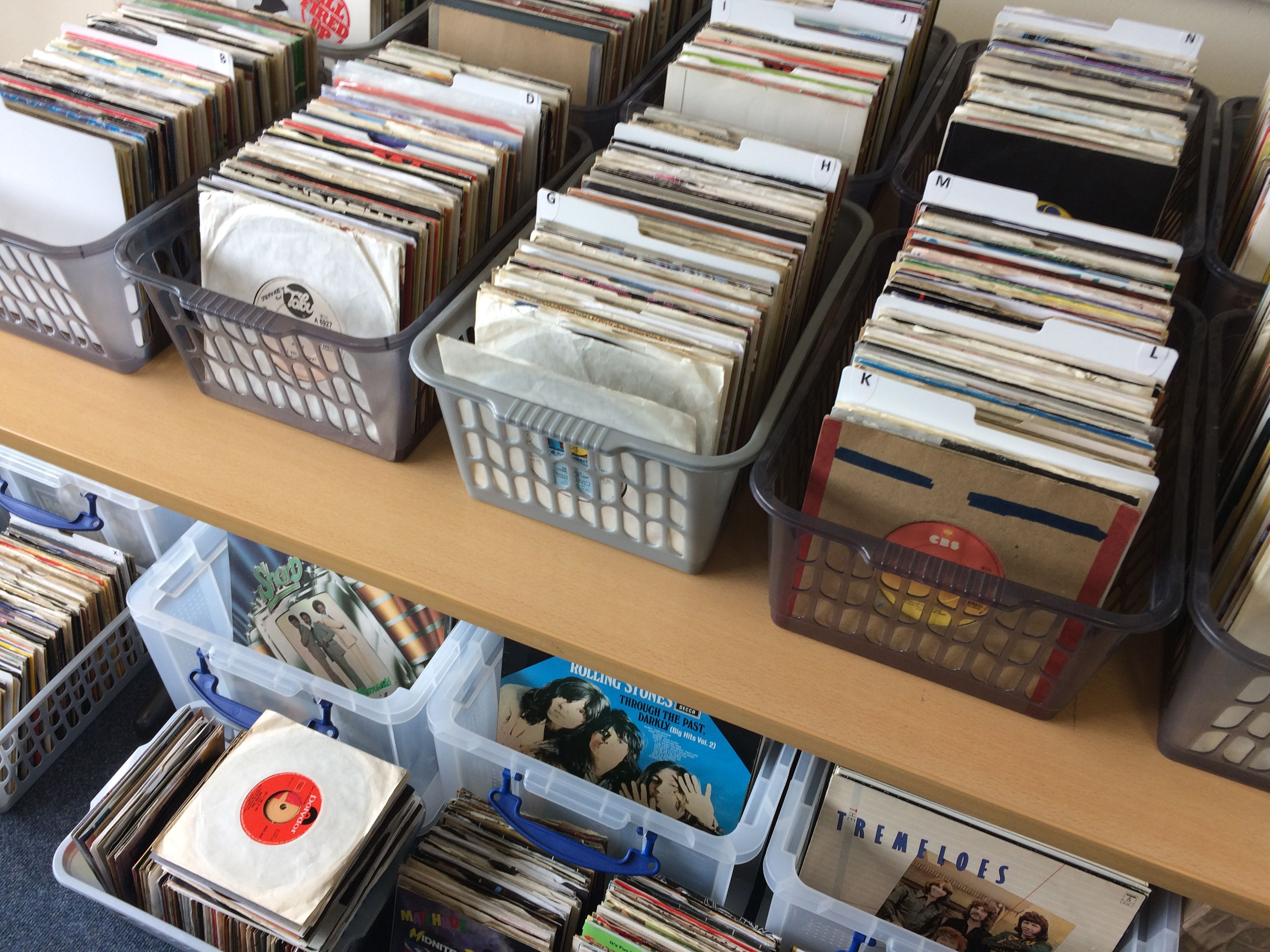 Collecting vinyl records by mail